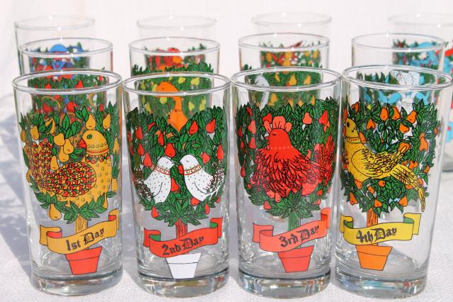 12 days of christmas anchor hocking set of drinking glasses vintage holiday tableware - Christmas Drinking Glasses