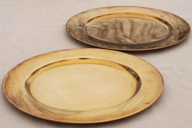 12 solid brass charger plates vintage dinner plates for a medieval banquet table : medieval dinnerware - pezcame.com