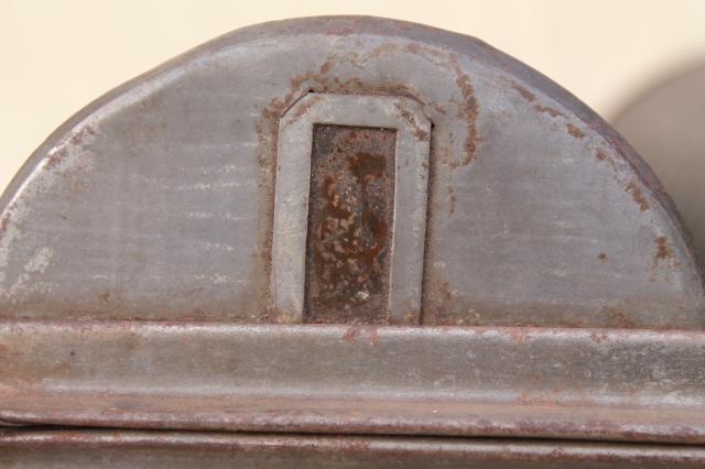 1890s Patent Round Bread Loaf Baking Pan Or Steamed