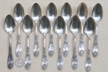 1908 LaVigne 1881 Rogers silver plate tea spoons, La Vigne grapes vintage silverplate flatware