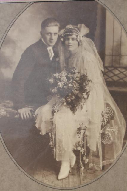 1920s Or Early 30s Vintage Photo Wedding Picture Flapper