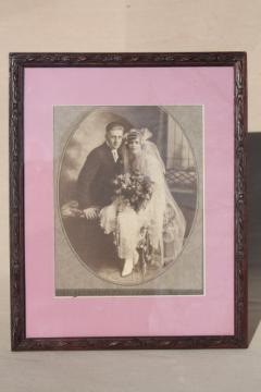 1920s or early 30s vintage photo, wedding picture flapper era bride & groom