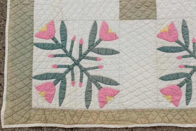 1930s 40s vintage flour sack feedsack cotton quilt, pink tulip applique