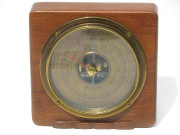 1930s vintage Airguide barometer, brass and mahogany case Fee and Stemwedel