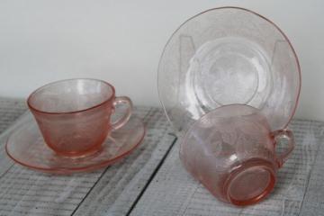 Etched Flower Pattern Pink Teacup Depression Glass - Vintage Pink Depression Glass Teacup