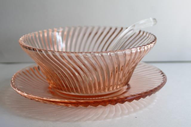 1930s vintage depression glass, blush pink sauce or mayonnaise bowl w/ glass ladle spoon
