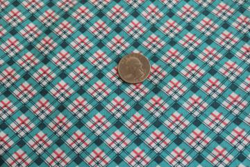 1930s vintage quilting weight cotton fabric, jade green & coral plaid print