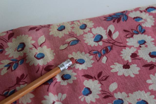 1940s 50s vintage cotton feed sack fabric, white & blue daisy flowers on pink