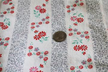 1940s 50s vintage print cotton feedsack fabric, little daisies w/ floral stripe