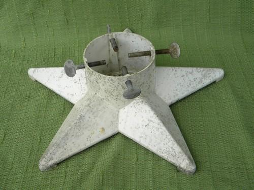 1940s Mid-century Vintage Aluminum Star Shaped Christmas