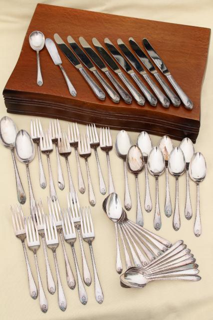 1940s vintage Exquisite silverplate flatware set service for Wm Rogers International Silver & 1940s vintage Exquisite silverplate flatware set service for Wm ...