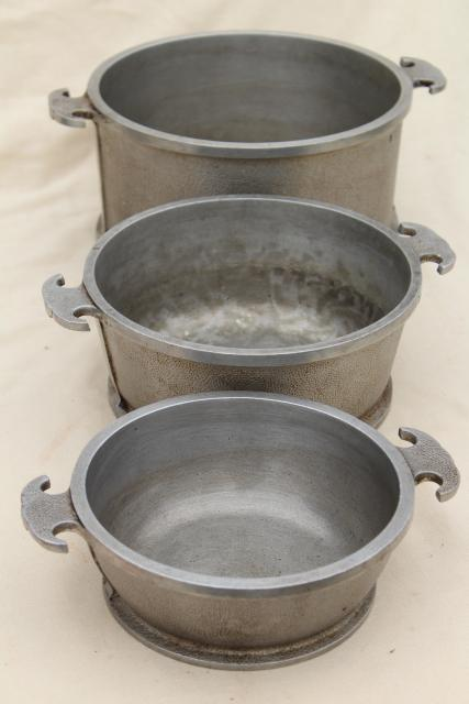 1940s Vintage Guardian Service Ware Aluminum Cookware