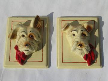 1940s vintage chalkware wall plaques, cute Scotty dogs in frames