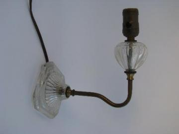 1940's vintage glass / brass wall sconce lamp, reading or bed side light