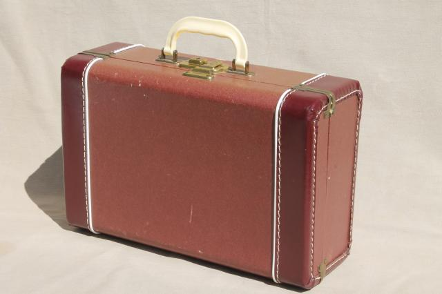 1940s vintage luggage, small suitcase train case for storage or travel