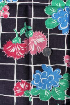 1940s vintage print cotton feed sack fabric, flowers on midnight blue black