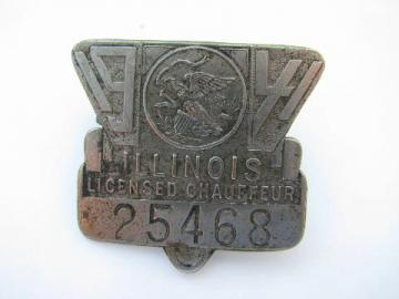 1941 licensed Illinois chauffeur badge pin license