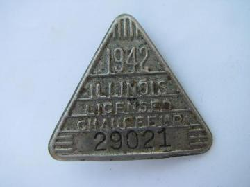 1942 licensed Illinois chauffeur badge pin license