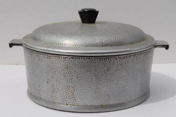 1950s vintage Kinney flavor seal aluminum cookware, dutch oven 4 qt pot w/ lid