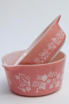 1950s vintage Pyrex pink & white gooseberry print, pint & quart casseroles