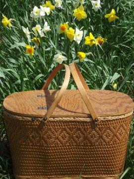 1950s vintage Redman picnic basket, large hamper w/ bentwood handles