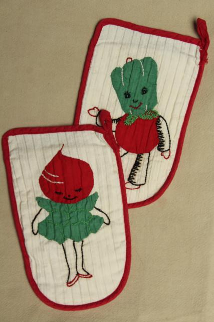 1950s vintage anthropomorphic applique child size pot holders w/ vegetable people