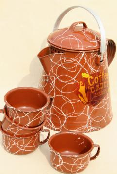 1950s vintage camp cookware, western ranch enamelware cowboy coffee pot & tin cup mugs