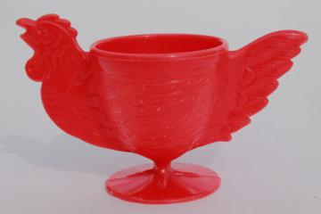 1950s vintage novelty egg cup, lustroware type hard plastic red hen chicken eggcup