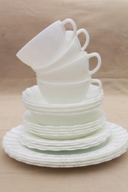 1950s Vintage Opal Milk Glass Toughened Corning Dinnerware