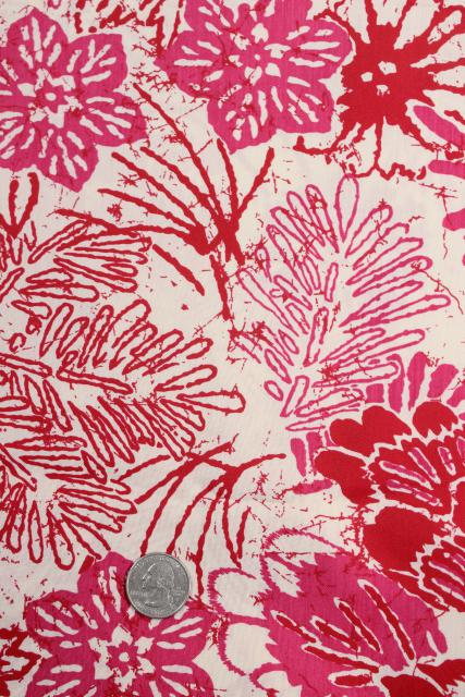 1950s vintage rayon fabric, Hawaiian tropical print flowers red & pink