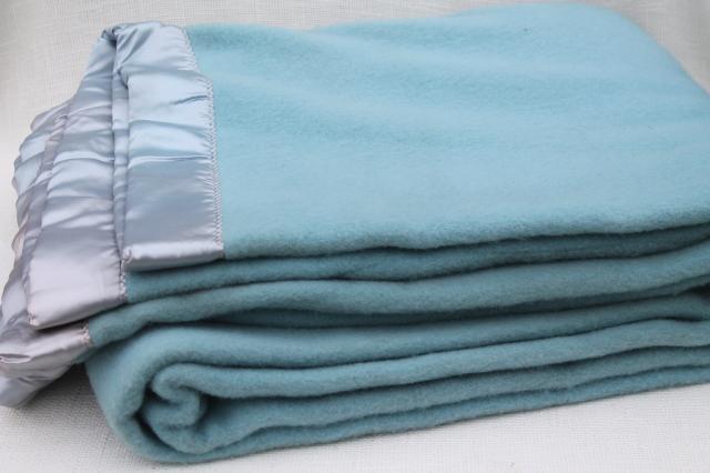 1950s Vintage Warm Wooly Bed Blanket Pure Wool Blanket W