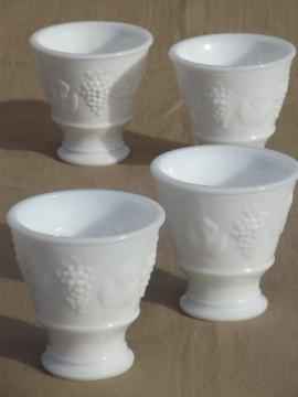 1965 grape pattern milk glass tumblers, vintage grapes glasses set of 4