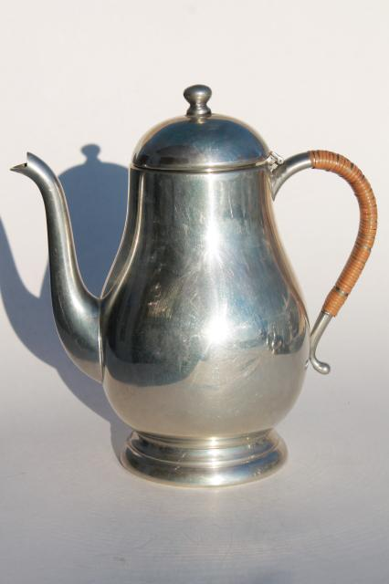 20th Century Queen Art Pewter Vintage American Pewter