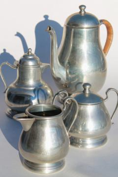 20th century Queen Art pewter, vintage American pewter coffee pot & teapot tea set