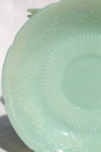 22 vintage jadite glass saucer plates, Alice floral border Fire King jadeite