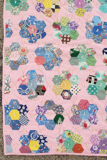 30s 40s vintage Grandma's flower garden quilt, cotton print fabric hexies on pink