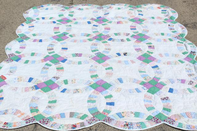 30s 40s vintage double wedding ring quilt hand stitched cotton