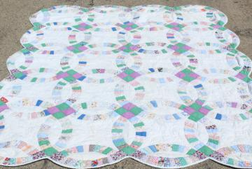 30s 40s Vintage Double Wedding Ring Quilt Hand Sched Cotton Print Fabric Patchwork