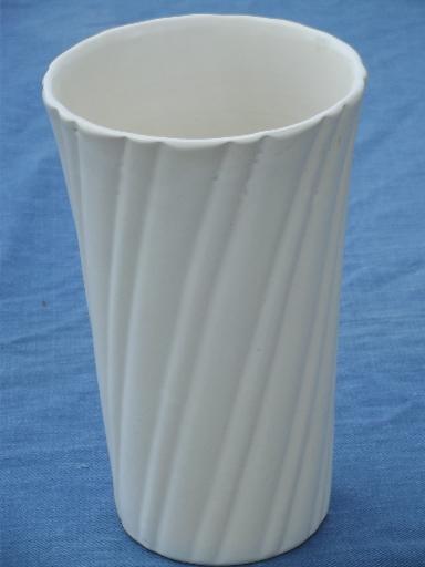 30s Vintage Art Deco Ray Murray Cal Art Bauer Pottery Vase Matte White