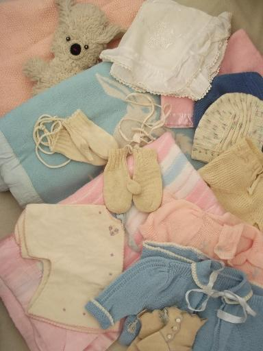 40s 50s vintage baby clothes lot, sweet shabby old doll clothes & blankets