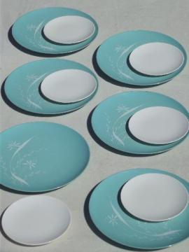 50s 60s vintage melmac plates w/ mod turquoise & white print pattern