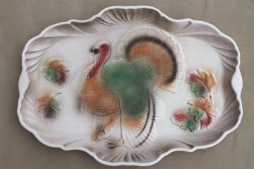 50s vintage California pottery turkey platter, airbrush painted Thanksgiving tom turkey