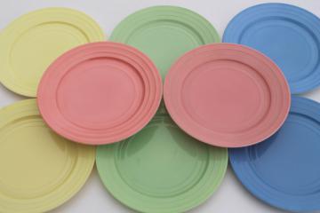 50s vintage Hazel Atlas Moderntone pastel platonite plates set of 8, pink, green, blue, yellow
