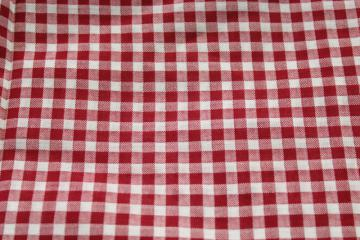 50s vintage fabric, barn red & white gingham checked print cotton, country rockabilly style