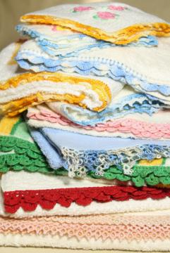 50s vintage terrycloth bath and hand towels w/ colorful crochet edgings, bohemian style home