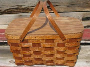 50's vintage wood splint basket picnic hamper, holds utensils on lid