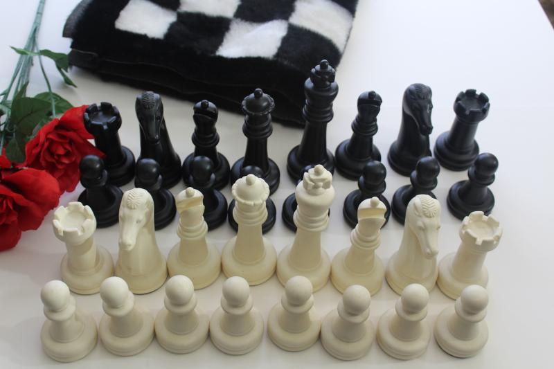 60s 70s vintage chess set, huge plastic chess pieces w/ mod shag fur pile game board