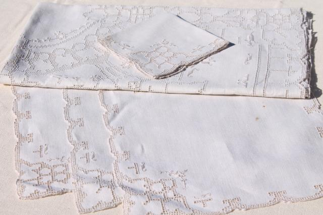 60s vintage Madeira or Italian hand embroidered hemstitched linen tablecloth & napkins