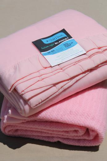 60s vintage bed blankets, soft acrylic & thermal weave blanket in retro candy pink!