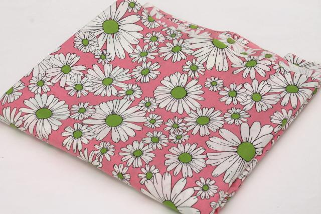 60s Vintage Fabric Pink Amp White Daisies Print Cotton